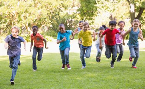 enfants en voyage éducatif à l'étranger