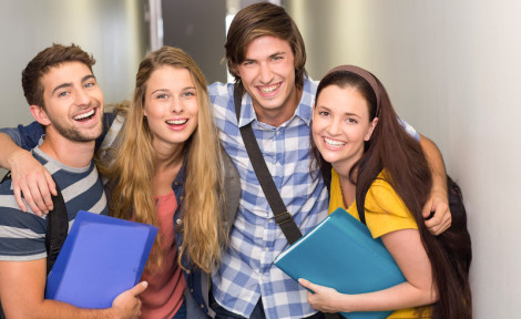 étudiants dans un lycée à l'étranger