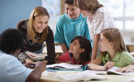 enfants en voyage scolaire à l'étranger