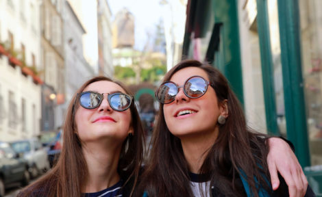 jeunes femmes en séjour au pair à l'étranger